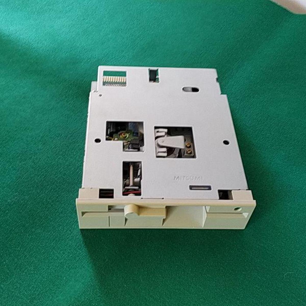 Floppy 5.25 lettore di dischi retrocomputer