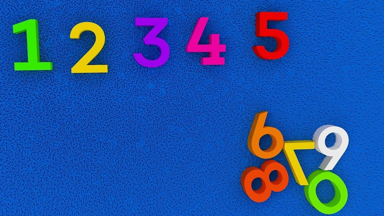 numeri sparsi e colorati, io volevo fare il programmatore